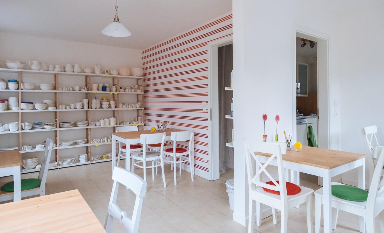 keramikkiste keramik bemalen und verzieren in hamburg. Black Bedroom Furniture Sets. Home Design Ideas